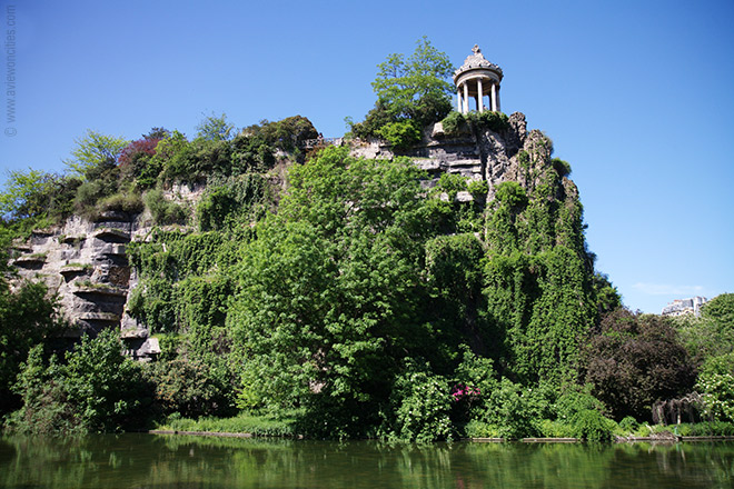 buttes-chaumont