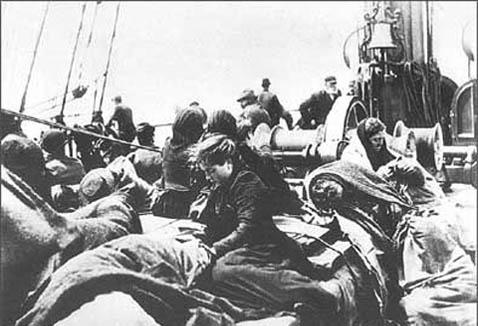 Migrants italiens à bord des cargos EDILIO R. et CARLO R.  (direction Brésil)